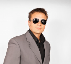 Damian Wolf profile image